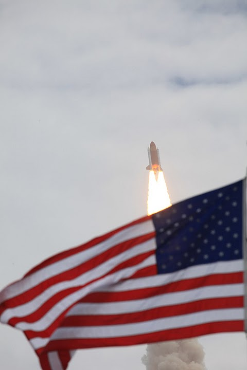 Atlantis Shuttle Launch, July 8 2011. Photo by Robert Scoble